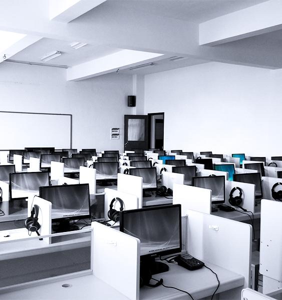 language-lab-181083_1280.jpg#asset:410